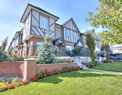 "Main Photo: 1001 W 46TH Avenue in Vancouver: South Granville Townhouse for sale in ""CARRINGTON"" (Vancouver West)  : MLS® # V735355"