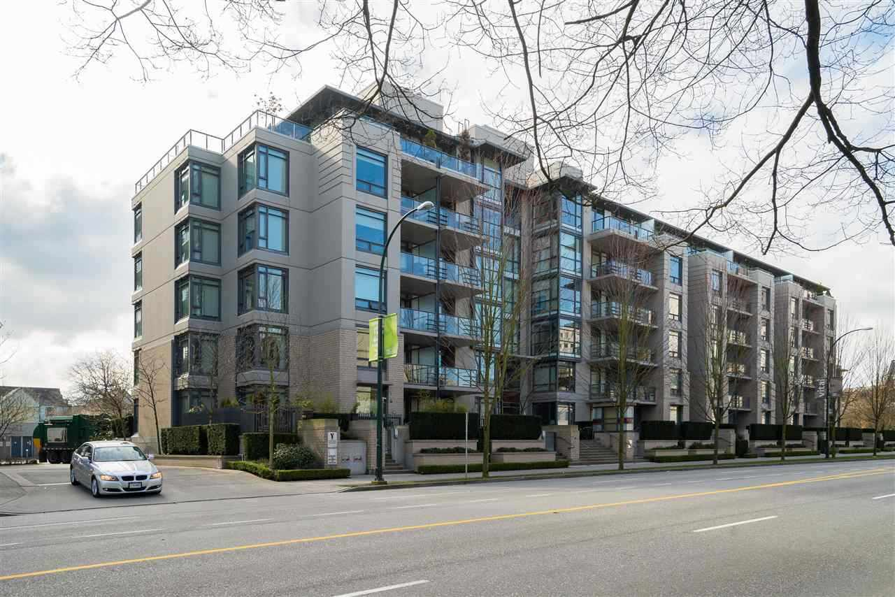FEATURED LISTING: 410 - 750 12TH Avenue West Vancouver