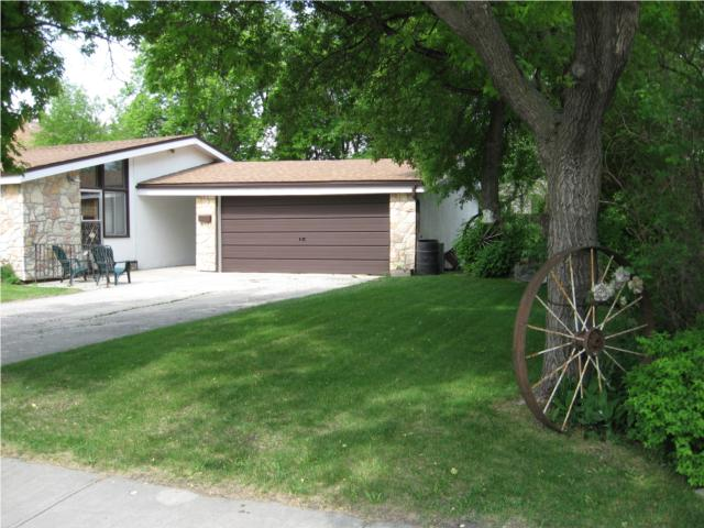 Photo 9:  in WINNIPEG: West Kildonan / Garden City Residential for sale (North West Winnipeg)  : MLS(r) # 1009756