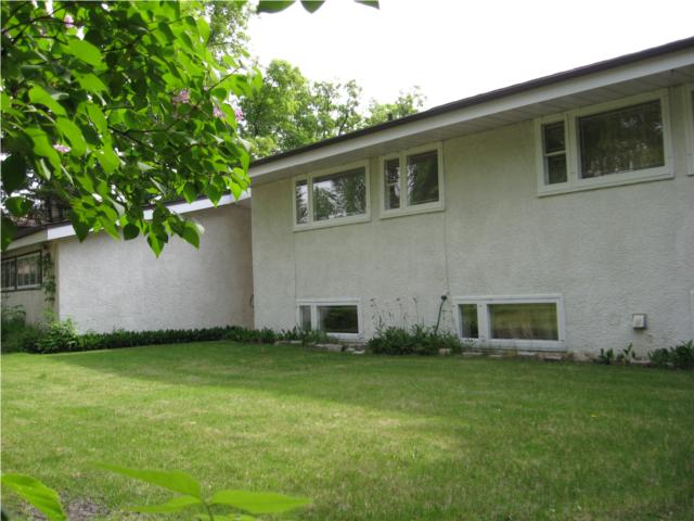 Photo 3:  in WINNIPEG: West Kildonan / Garden City Residential for sale (North West Winnipeg)  : MLS(r) # 1009756