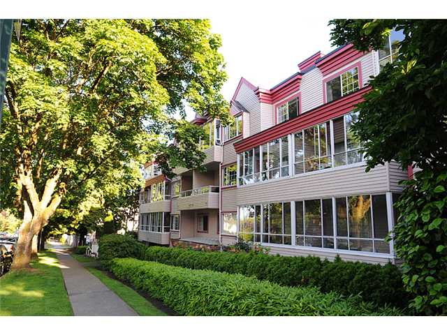 "Main Photo: 307 1386 W 73RD Avenue in Vancouver: Marpole Condo for sale in ""PARKSIDE"" (Vancouver West)  : MLS(r) # V838111"