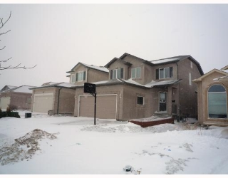 Main Photo: 60 CLOVERWOOD Road in WINNIPEG: Fort Garry / Whyte Ridge / St Norbert Residential for sale (South Winnipeg)  : MLS(r) # 2904292