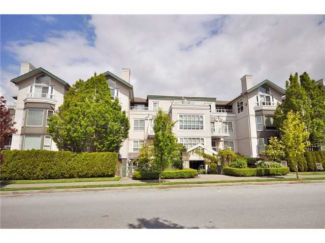 "Main Photo: 302 225 E 19TH Avenue in Vancouver: Main Condo for sale in ""THE NEWPORT ON MAIN"" (Vancouver East)  : MLS® # V859979"
