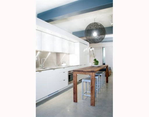 "Main Photo: 403 53 W HASTINGS Street in Vancouver: Downtown VW Condo for sale in ""THE PARIS BLOCK"" (Vancouver West)  : MLS® # V751279"