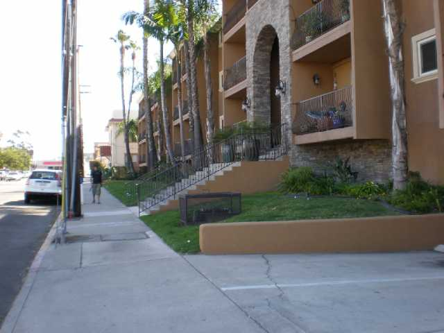 Main Photo: MISSION HILLS Condo for sale : 2 bedrooms : 3980 8th Ave #202 in San Diego