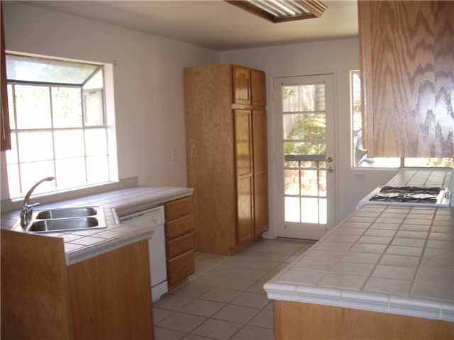 Main Photo: SAN MARCOS House for sale : 3 bedrooms : 514 Barnett