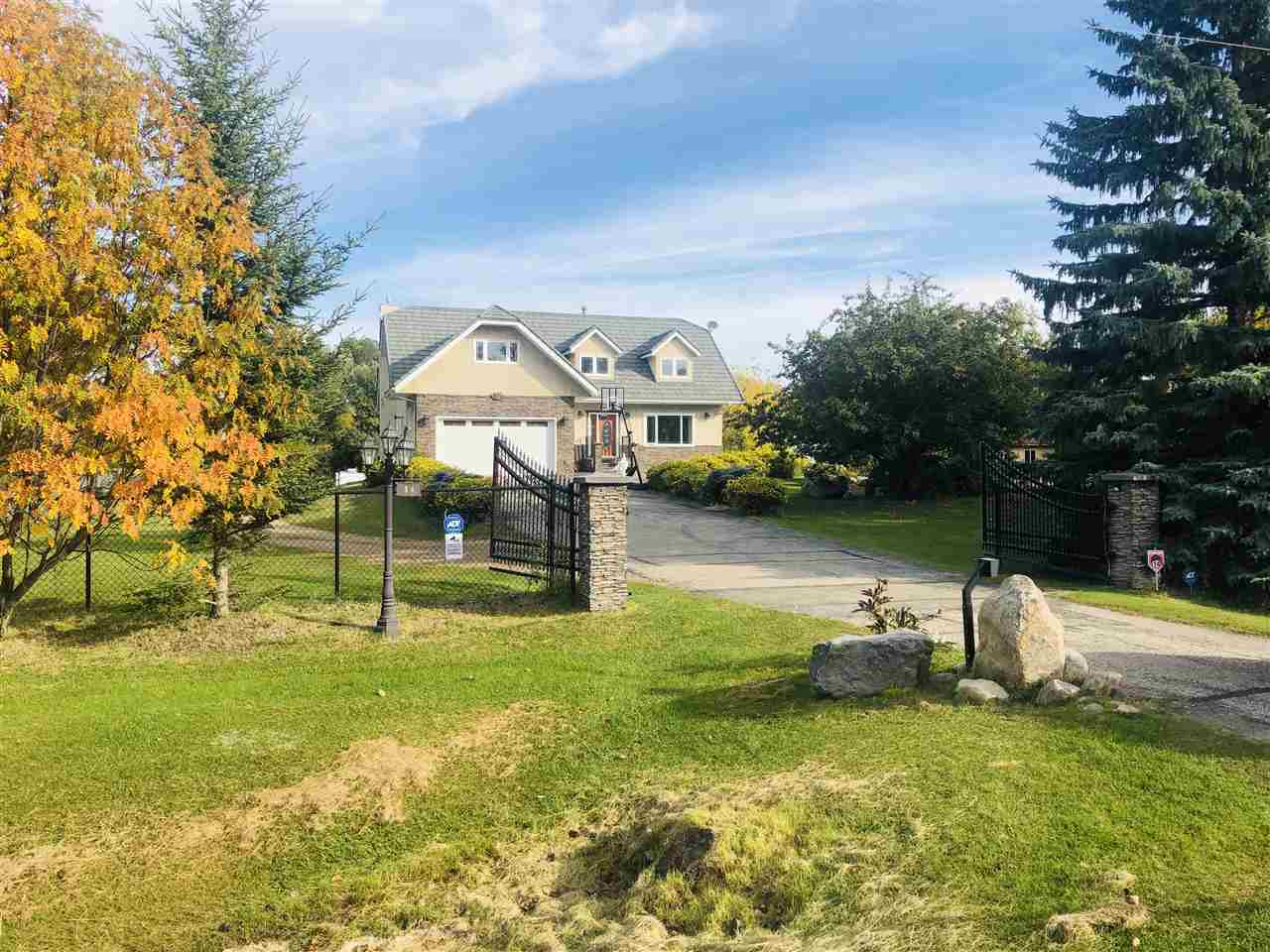 FEATURED LISTING: 51422 RR 261 Rural Parkland County