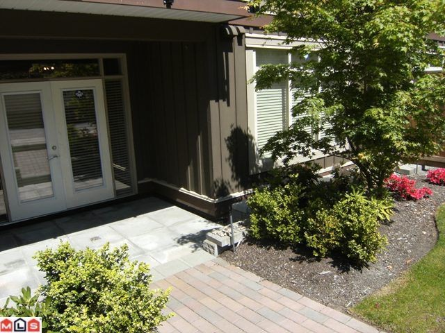 "Photo 10: 107 15368 17A Avenue in Surrey: King George Corridor Condo for sale in ""Ocean Wynde"" (South Surrey White Rock)  : MLS® # F1013181"