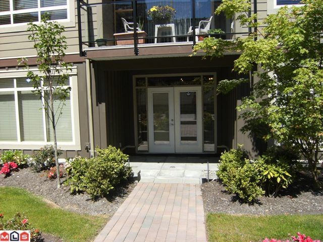 "Photo 9: 107 15368 17A Avenue in Surrey: King George Corridor Condo for sale in ""Ocean Wynde"" (South Surrey White Rock)  : MLS® # F1013181"