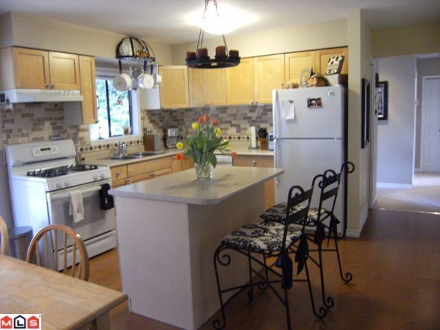Photo 4: 1540 STEVENS Street: White Rock House for sale (South Surrey White Rock)  : MLS(r) # F1020224