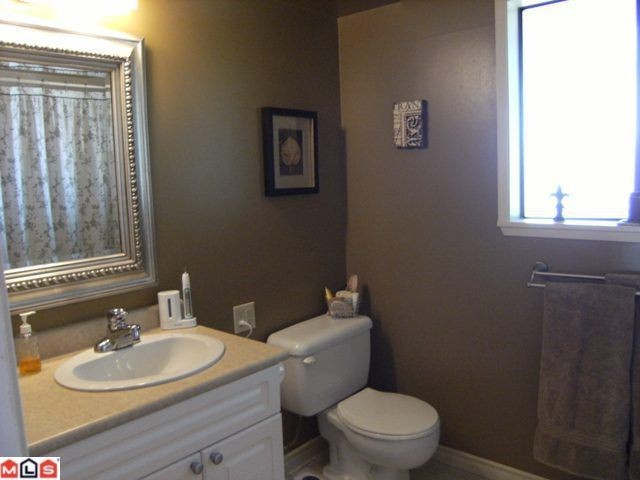 Photo 8: 1540 STEVENS Street: White Rock House for sale (South Surrey White Rock)  : MLS(r) # F1020224
