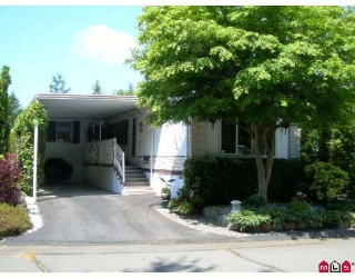 "Main Photo: 282 1840 160TH Street in Surrey: King George Corridor Manufactured Home for sale in ""Breakaway Bays"" (South Surrey White Rock)  : MLS®# F2818397"