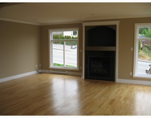 Photo 25: 1549 HAMMOND Avenue in Coquitlam: Central Coquitlam House for sale : MLS® # V766197