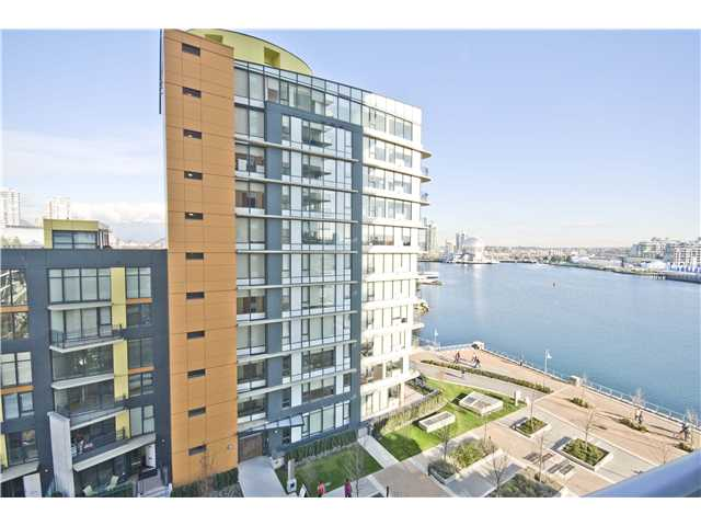 "Main Photo: 806 8 SMITHE MEWS in Vancouver: False Creek North Condo for sale in ""FLAGSHIP"" (Vancouver West)  : MLS® # V854832"