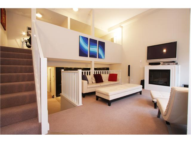 "Main Photo: 418 HELMCKEN Street in Vancouver: Downtown VW Townhouse for sale in ""H&H"" (Vancouver West)  : MLS(r) # V855364"