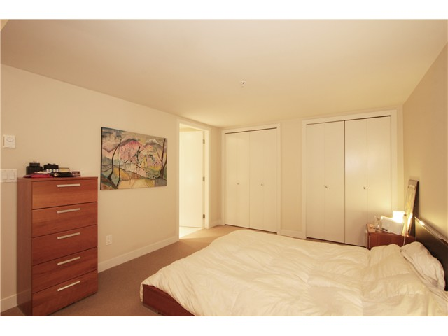 "Photo 4: 418 HELMCKEN Street in Vancouver: Downtown VW Townhouse for sale in ""H&H"" (Vancouver West)  : MLS(r) # V855364"