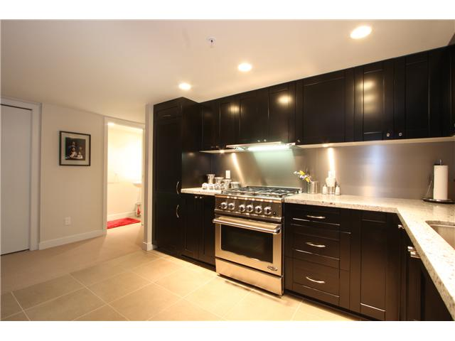 "Photo 8: 418 HELMCKEN Street in Vancouver: Downtown VW Townhouse for sale in ""H&H"" (Vancouver West)  : MLS(r) # V855364"