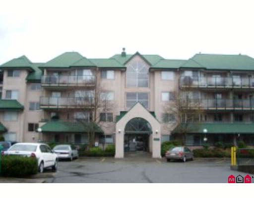 Main Photo: 210 2960 TRETHEWEY Street in Abbotsford: Abbotsford West Condo for sale : MLS®# F2830989