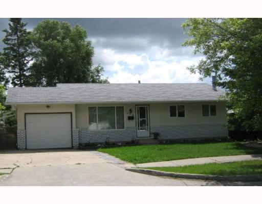 Main Photo: 264 WALES Avenue in WINNIPEG: St Vital Residential for sale (South East Winnipeg)  : MLS(r) # 2914424