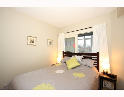 "Photo 6: 304 2520 MANITOBA Street in Vancouver: Mount Pleasant VW Condo  in ""THE VUE"" (Vancouver West)  : MLS(r) # V803043"
