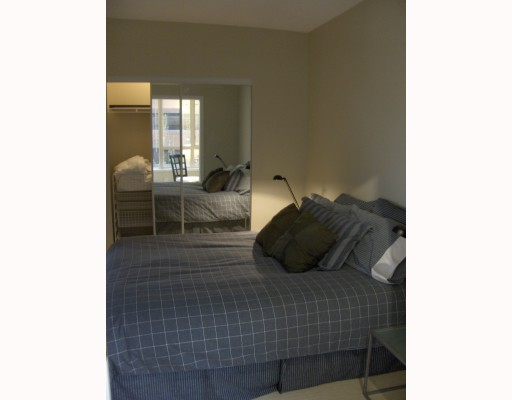 "Photo 3: 304 1177 HORNBY Street in Vancouver: Downtown VW Condo for sale in ""London Place"" (Vancouver West)  : MLS® # V762388"