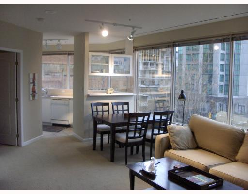 "Photo 6: 304 1177 HORNBY Street in Vancouver: Downtown VW Condo for sale in ""London Place"" (Vancouver West)  : MLS® # V762388"