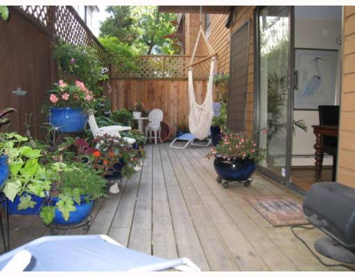 "Main Photo: 103 1930 W 3RD Avenue in Vancouver: Kitsilano Condo for sale in ""THE WESTVIEW"" (Vancouver West)  : MLS(r) # V784459"