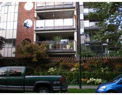 "Main Photo: 201 1665 NELSON Street in Vancouver: West End VW Condo for sale in ""EDGEMONT PLACE"" (Vancouver West)  : MLS® # V789429"