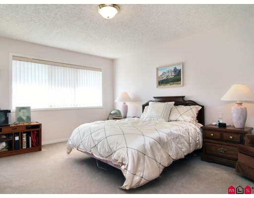 "Photo 6: 146 4001 OLD CLAYBURN Road in Abbotsford: Abbotsford East Townhouse for sale in ""CEDAR SPRINGS"" : MLS(r) # F2827073"