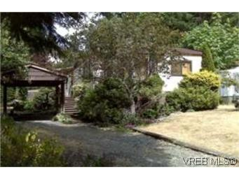 Main Photo: 2517 Florence Lake Road in VICTORIA: La Florence Lake Single Family Detached for sale (Langford)  : MLS® # 250309