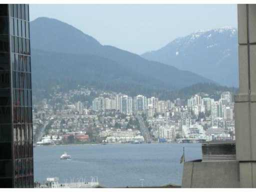 "Main Photo: 706 438 SEYMOUR Street in Vancouver: Downtown VW Condo for sale in ""CONFERENCE PLAZA"" (Vancouver West)  : MLS® # V817897"