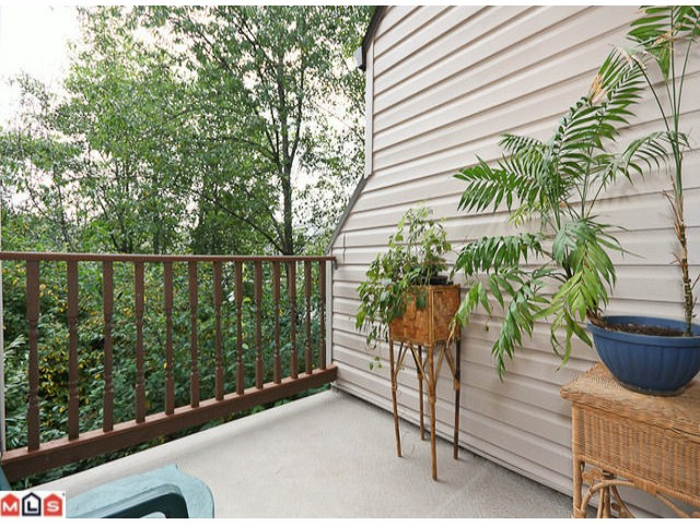 "Photo 5: 405 5074 201A Street in Langley: Langley City Townhouse for sale in ""NICOMEKL PLACE"" : MLS® # F1021981"