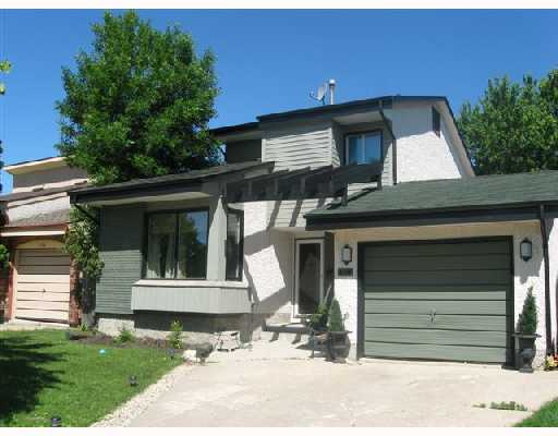 Main Photo: 170 ASHFORD Drive in WINNIPEG: St Vital Residential for sale (South East Winnipeg)  : MLS(r) # 2812328