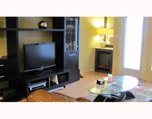 "Photo 6: 212 315 KNOX Street in New Westminster: Sapperton Condo for sale in ""SAN MARINO"" : MLS(r) # V809268"