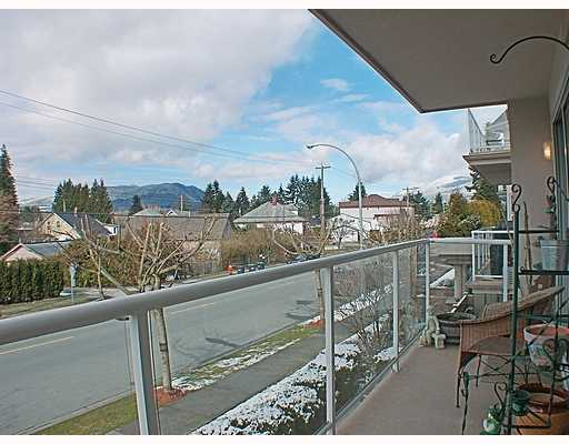 Main Photo: 207 3128 FLINT Street in Port_Coquitlam: Glenwood PQ Condo for sale (Port Coquitlam)  : MLS®# V755684
