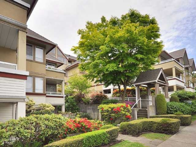 "Main Photo: 308 1876 W 6TH Avenue in Vancouver: Kitsilano Condo for sale in ""HERITAGE AT CYPRESS"" (Vancouver West)  : MLS(r) # V848086"