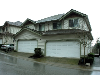 "Main Photo: 34 35287 OLD YALE Road in Abbotsford: Abbotsford East Townhouse for sale in ""THE FALLS"" : MLS®# F1101396"