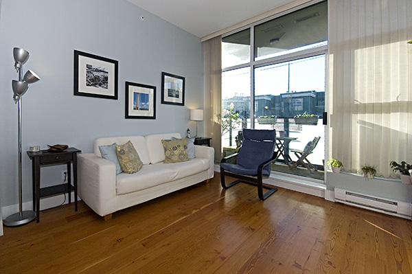 "Photo 3: 306 8988 HUDSON Street in Vancouver: Marpole Condo for sale in ""RETRO"" (Vancouver West)  : MLS® # V752330"