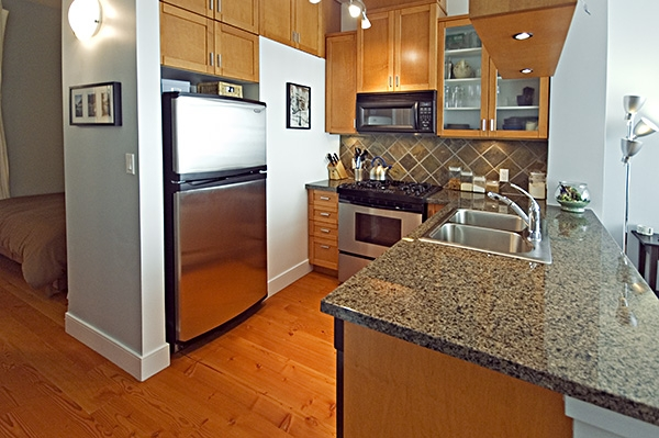 "Photo 16: 306 8988 HUDSON Street in Vancouver: Marpole Condo for sale in ""RETRO"" (Vancouver West)  : MLS® # V752330"