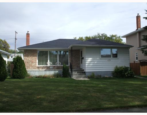 Main Photo: 435 MCADAM Avenue in WINNIPEG: West Kildonan / Garden City Single Family Detached for sale (North West Winnipeg)  : MLS® # 2717446