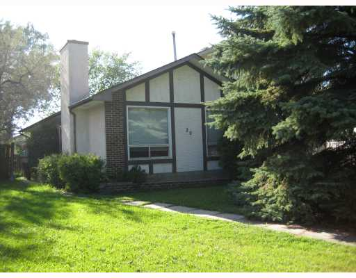 Main Photo: 20 WHITLEY Drive in WINNIPEG: St Vital Residential for sale (South East Winnipeg)  : MLS(r) # 2918182