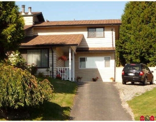"Main Photo: 2733 SANDON Drive in Abbotsford: Abbotsford East House 1/2 Duplex for sale in ""McMillan"" : MLS® # F2923535"
