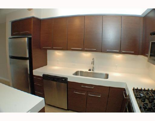 "Photo 3: 409 2770 SOPHIA Street in Vancouver: Mount Pleasant VE Condo for sale in ""STELLA"" (Vancouver East)  : MLS® # V742374"