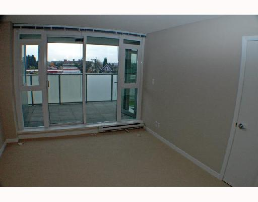 "Photo 5: 409 2770 SOPHIA Street in Vancouver: Mount Pleasant VE Condo for sale in ""STELLA"" (Vancouver East)  : MLS® # V742374"