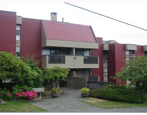 "Main Photo: L1 1040 4TH Avenue in New_Westminster: Uptown NW Condo for sale in ""HILLSIDE TERRACE"" (New Westminster)  : MLS(r) # V770787"
