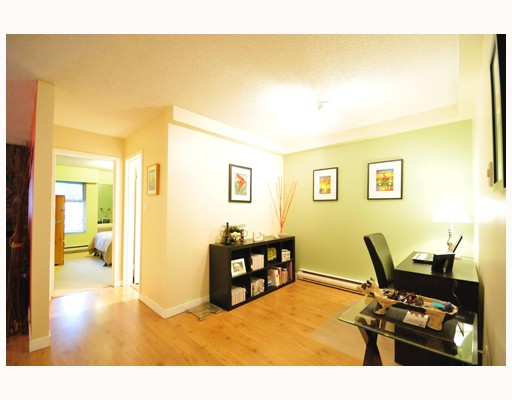 Photo 5: 304 1352 W 10TH Avenue in Vancouver: Fairview VW Condo  (Vancouver West)  : MLS(r) # V803125