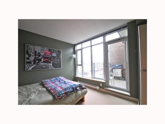 "Photo 8: 407 2520 MANITOBA Street in Vancouver: Mount Pleasant VW Condo  in ""THE VUE"" (Vancouver West)  : MLS® # V814332"