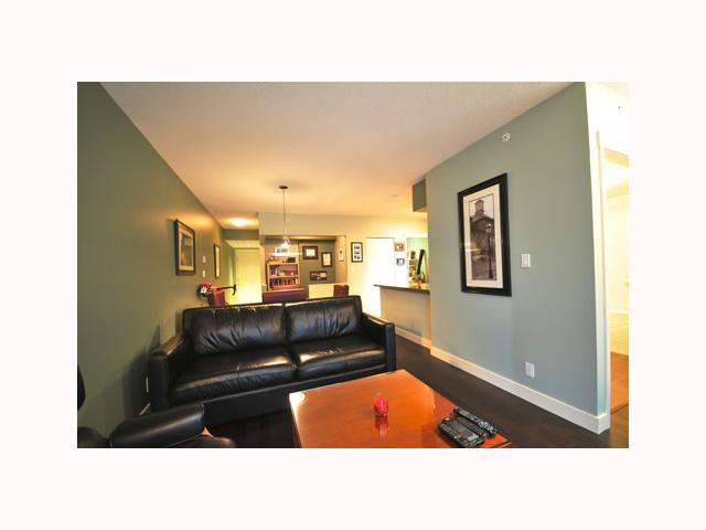 "Photo 6: 407 2520 MANITOBA Street in Vancouver: Mount Pleasant VW Condo  in ""THE VUE"" (Vancouver West)  : MLS® # V814332"