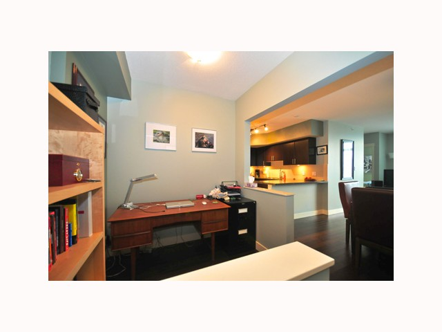 "Photo 4: 407 2520 MANITOBA Street in Vancouver: Mount Pleasant VW Condo  in ""THE VUE"" (Vancouver West)  : MLS® # V814332"