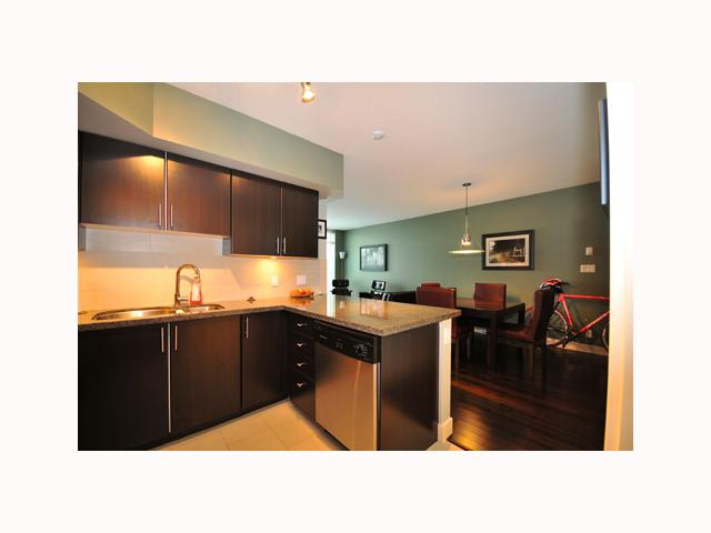 "Photo 5: 407 2520 MANITOBA Street in Vancouver: Mount Pleasant VW Condo  in ""THE VUE"" (Vancouver West)  : MLS® # V814332"